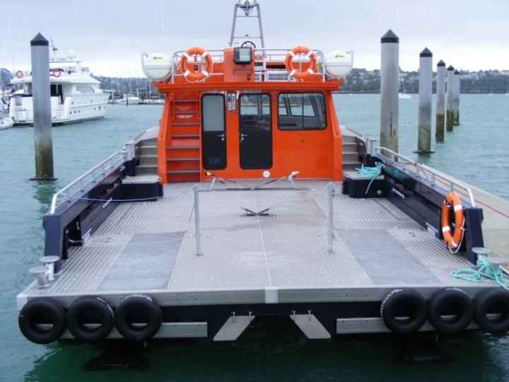 15m_Aluminium_Workboat_Aft_View